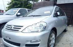Super Clean Foreign used 2005 Toyota Avensis