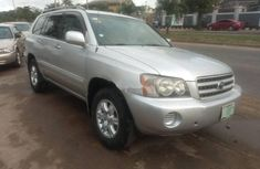 Neat Nigerian used Toyota Highlander 2003