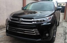 Very Clean Foreign used Toyota Highlander 2018