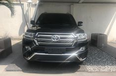 Neat Foreign used Toyota Land Cruiser 2018