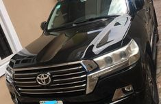 Super Clean Nigerian used 2018 Toyota Land Cruiser