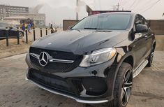 Neat Foreign used Mercedes-Benz GLE 2016