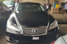 Clean Tokunbo Used  Lexus ES 2011