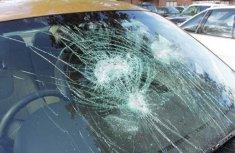 12 simple car windscreen maintenance tips