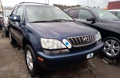 Almost New Tokunbo 2003 Lexus RX 300 Jeep in Lagos