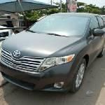 Neat Foreign used Toyota Venza 2009