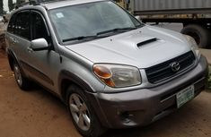 Super Clean Nigerian used Toyota RAV4 2004