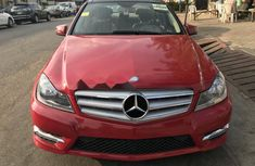 Neat Foreign used Mercedes-Benz C300 2012