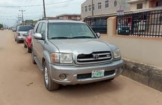 Neat Foreign used 2005 Toyota Sequoia