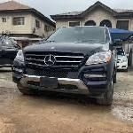 Neat Foreign used Mercedes-Benz ML350 2013