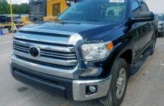 Spotless Clean Toyota Tundra Crewmax SR5 2017