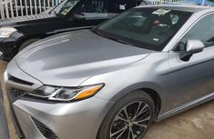Clean Tokunbo Toyota Camry 2018 Grey/Silver