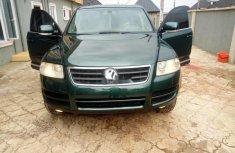 Neat Nigerian Used  Volkswagen Touareg 2006 Green