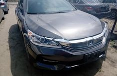 Clean Tokunbo Honda Accord 2014 Silver/Gold