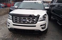 Neat Foreign used Ford Explorer 2018