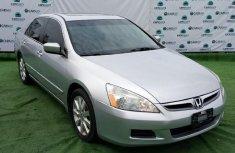 Neat Nigerian used Honda Accord 2007