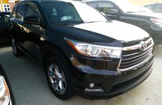 Clean Foreign Used Toyota Highlander 2014 Black