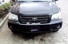 Very Clean Nigerian used 2003 Toyota Highlander