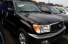 Super Clean Foreign used Toyota Land Cruiser 2002