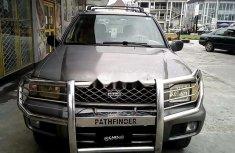 Super Clean Nigerian used Nissan Pathfinder 2000