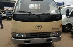 Clean Foreign Used Toyota Dyna 2002 Gold