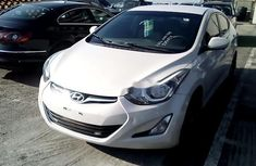 Well Maintained Nigerian used 2015 Hyundai Elantra Automatic