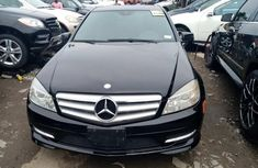 Foreign Used Mercedes Benz C300 2010 Model Black for Sale