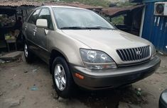 Super Clean Tokunbo Foreign used 2000 Lexus RX 300