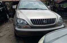 Foreign Used Lexus RX 300 2000 Model Gold for Sale