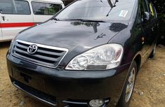 Super Clean Foreign used Toyota Avensis 2004