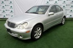 Very Clean Nigerian used 2007 Mercedes-Benz C280