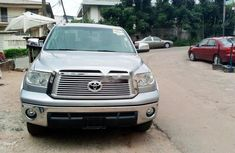 Neat Foreign used 2013 Toyota Tundra