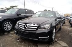 Neat Foreign Used Mercedes-Benz C350 2013 Black