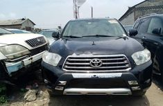 Neat Foreign Used Toyota Highlander 2010 Black
