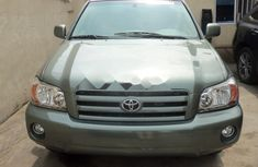Foreign Used 2005 Toyota Highlander in Lagos