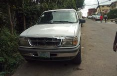 Clean Nigerian Used Ford Explorer 1998 Model White