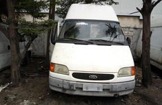 Neat Foreign used Ford Transit 2000