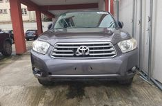 Very Clean Foreign used 2009 Toyota Highlander