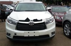 Foreign Used Toyota Highlander 2015 Model White