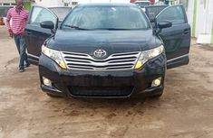 Neat Nigerian Used 2011 Toyota Venza for Sale in Ikeja