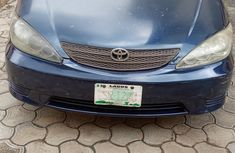 Very Neat Nigerian Used Toyota Camry 2004 LE Automatic in Lagos