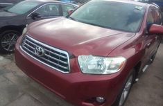 Neat Foreign used 2010 Toyota Highlander