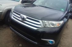 Very Clean Foreign used Toyota Highlander 2012