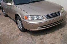 Neat 2001 Foreign Used Toyota Camry Gold for Sale in Nigeria
