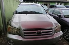 Super Clean Foreign used 2004 Toyota Highlander