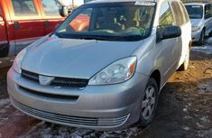 Super Clean Foreign used 2004 Toyota Sienna CE