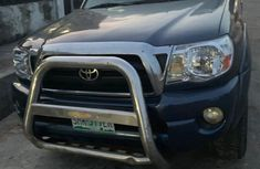 Neat Nigerian used Toyota Tacoma 2007