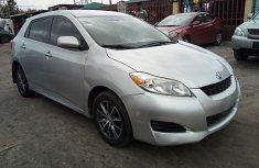 Neat Nigerian used 2009 Toyota Matrix