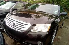Foreign Used 2006 Model Toyota Avalon  Black