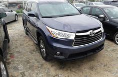 Super Clean Foreign used 2015 Toyota Highlander